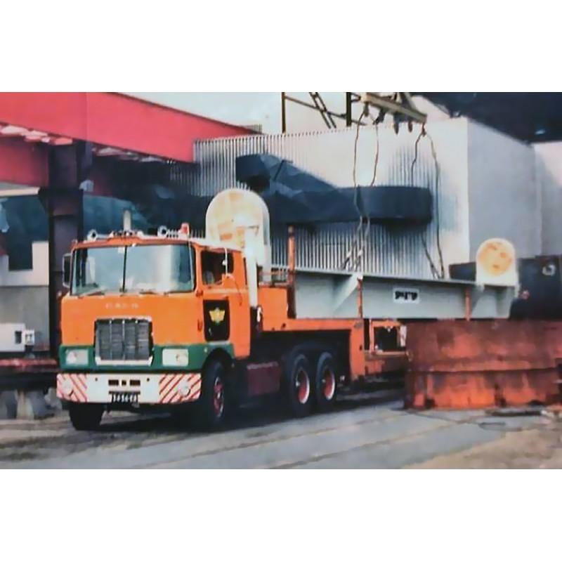 Van der Vlist Mack F700 6x4