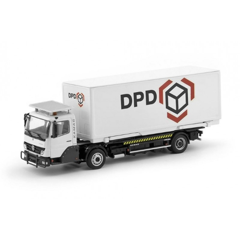KAMAG Wiesel white DPD container