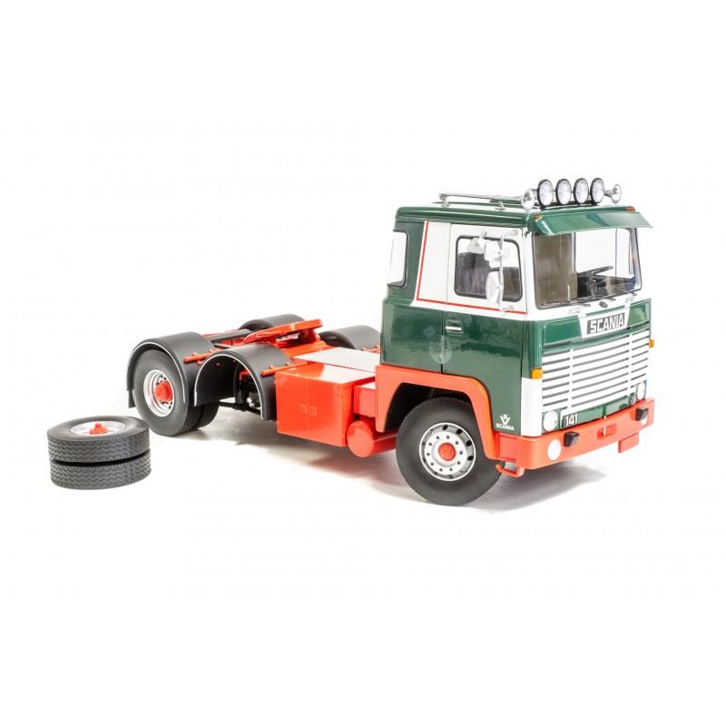 Road Kings Scania LBT141 6 x 2 Green/White 1:18 Scale **B-CHOICE**