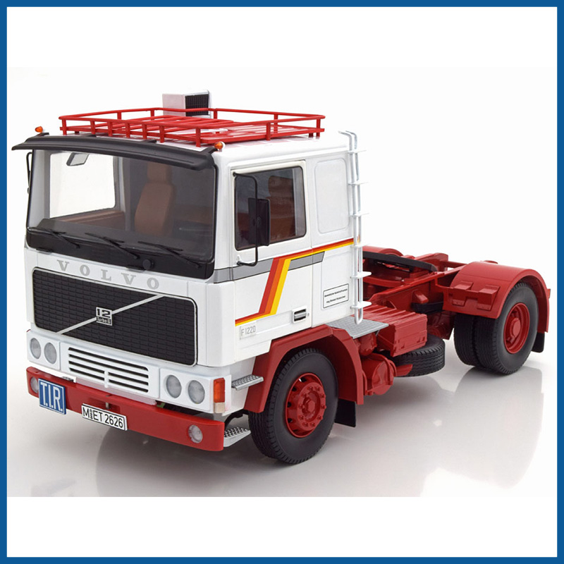Volvo F12 1977, White/Red 1:18 Scale