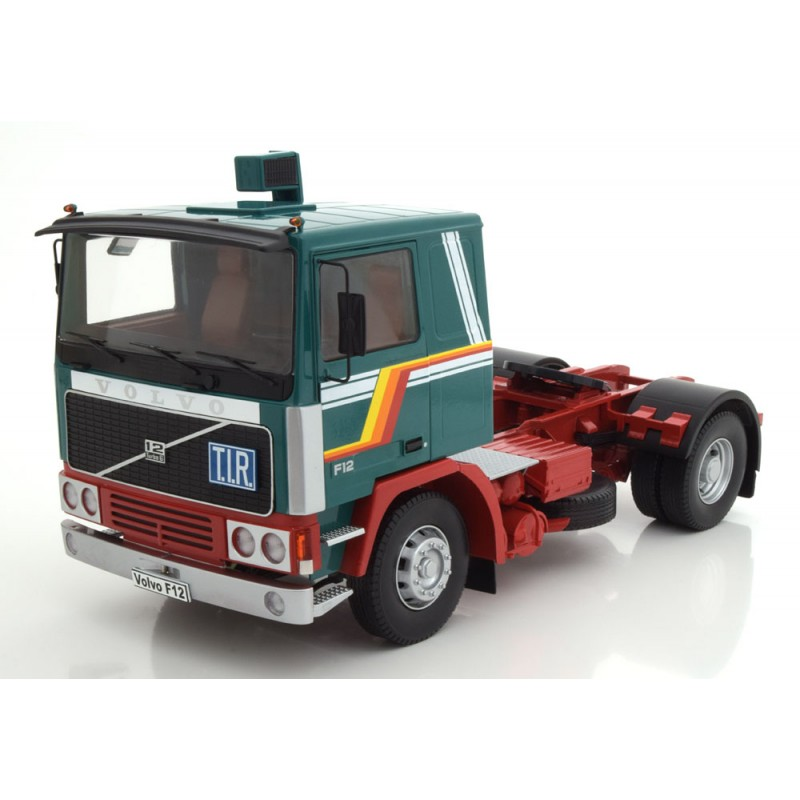 Volvo F12 1977, Green/White/Red 1:18 Scale