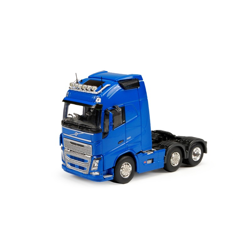 Volvo FH04 Globetrotter XL 6 x 2 (Right-Hand Drive)