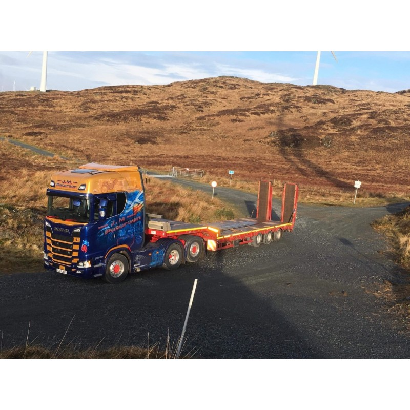 JM Paterson Scania S-Series Topline 6 x 2 with 3-axle Semi Lowloader