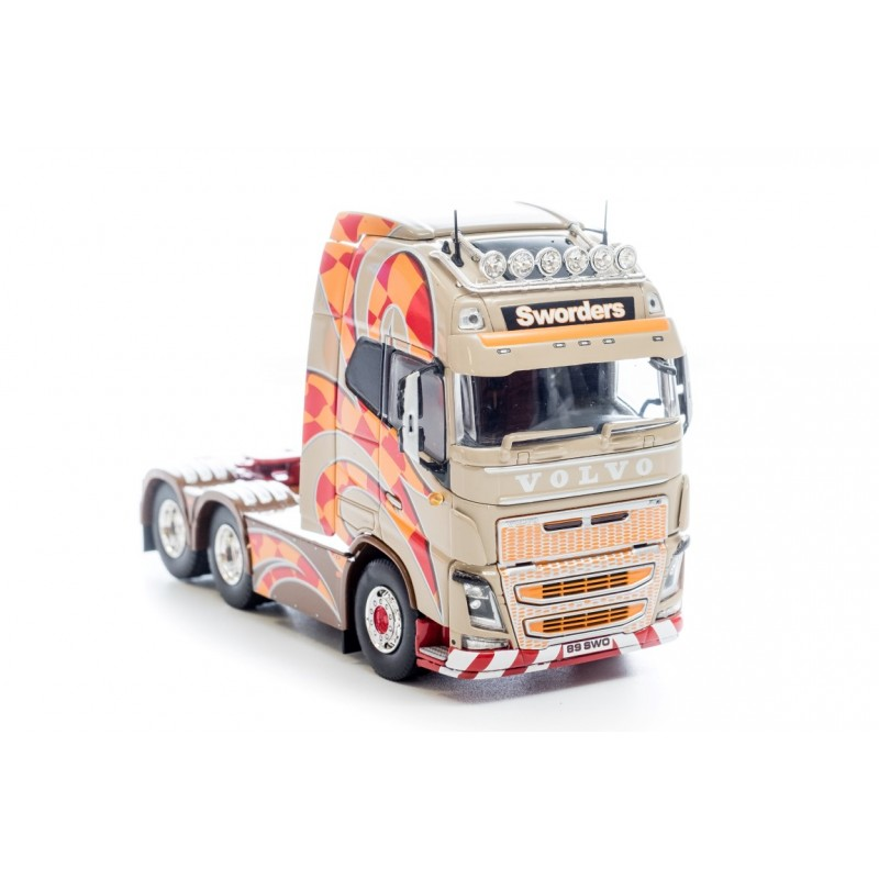 Sworders Volvo FH04 Globetrotter XL