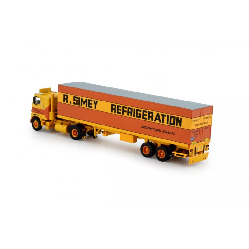 Simey Refrigeration Mack F700 With Classic Reefer Trailer
