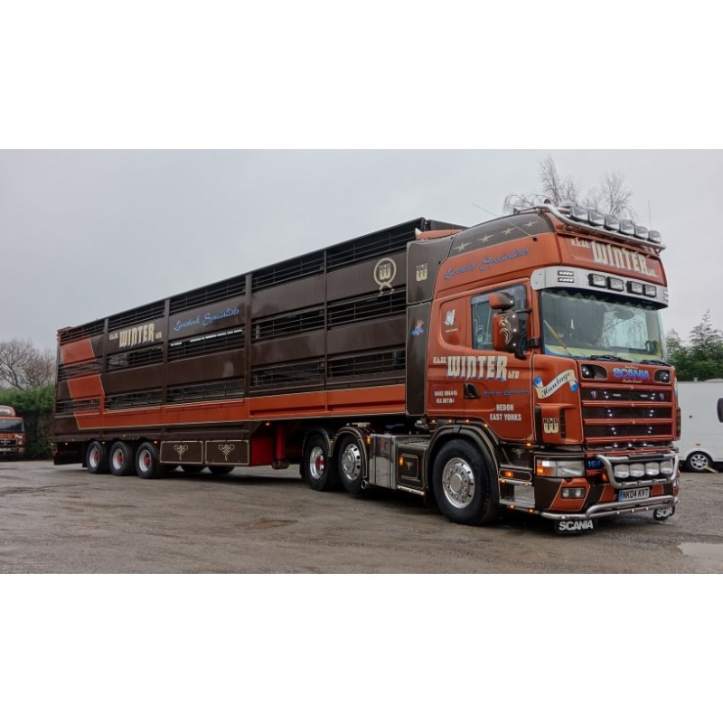 Winters FH04 Scania 4-Series Globetrotter Livestock Set