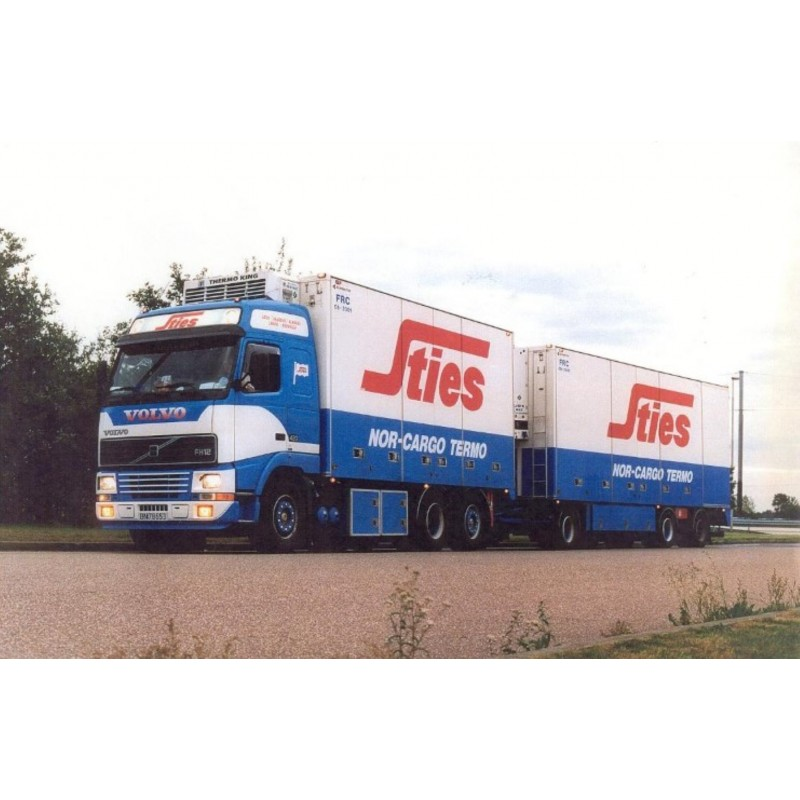 Sties Volvo Fh01 Globetrotter With 3 Axle Trailer