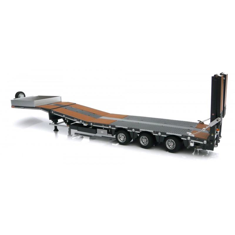 Nooteboom Semi Lowloader Wood Black 1:32 Scale