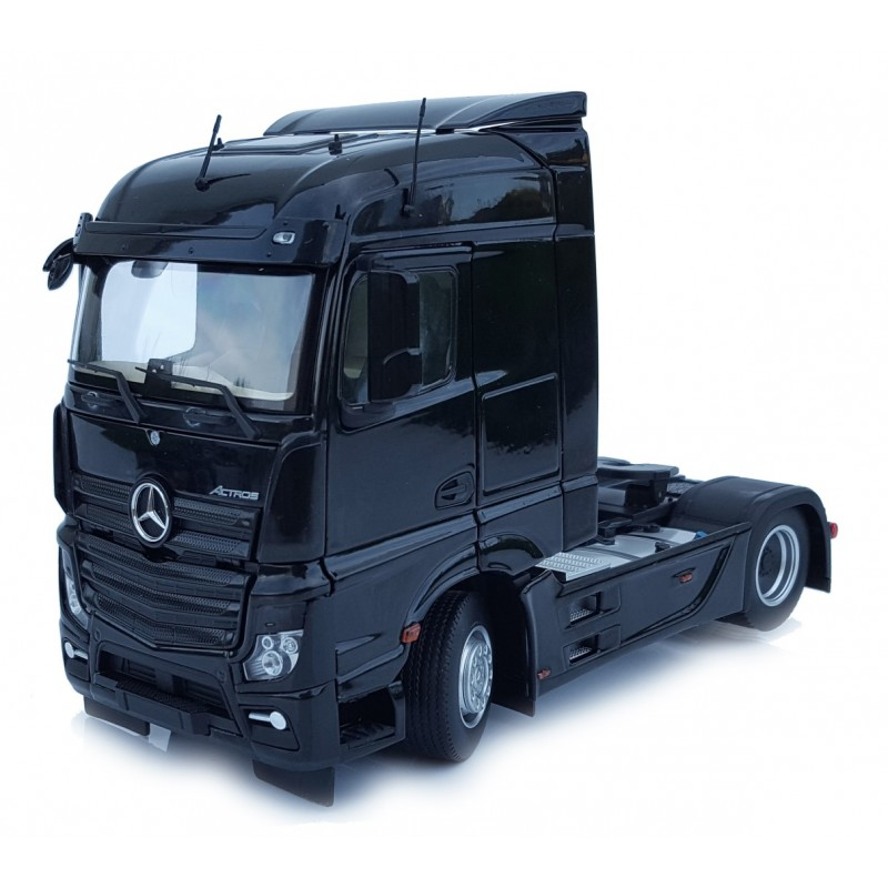 Mercedes-Benz Actros Streamspace 4X2 Black 1:32 Scale