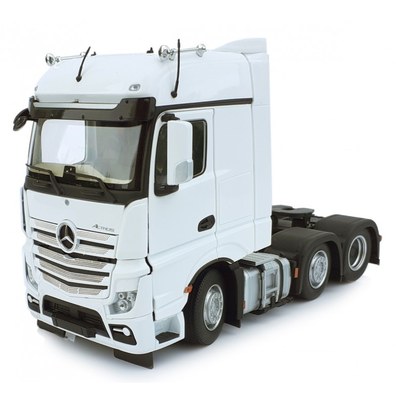 Mercedes-Benz Actros Bigspace 6X2 White 1:32 Scale