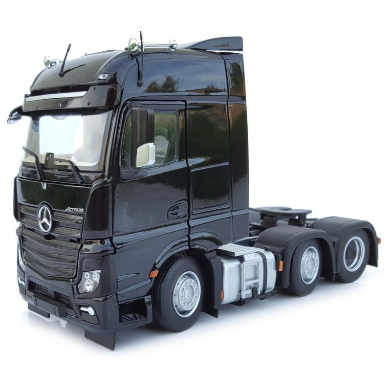Mercedes-Benz Actros Bigspace 6X2 Black 1:32 Scale